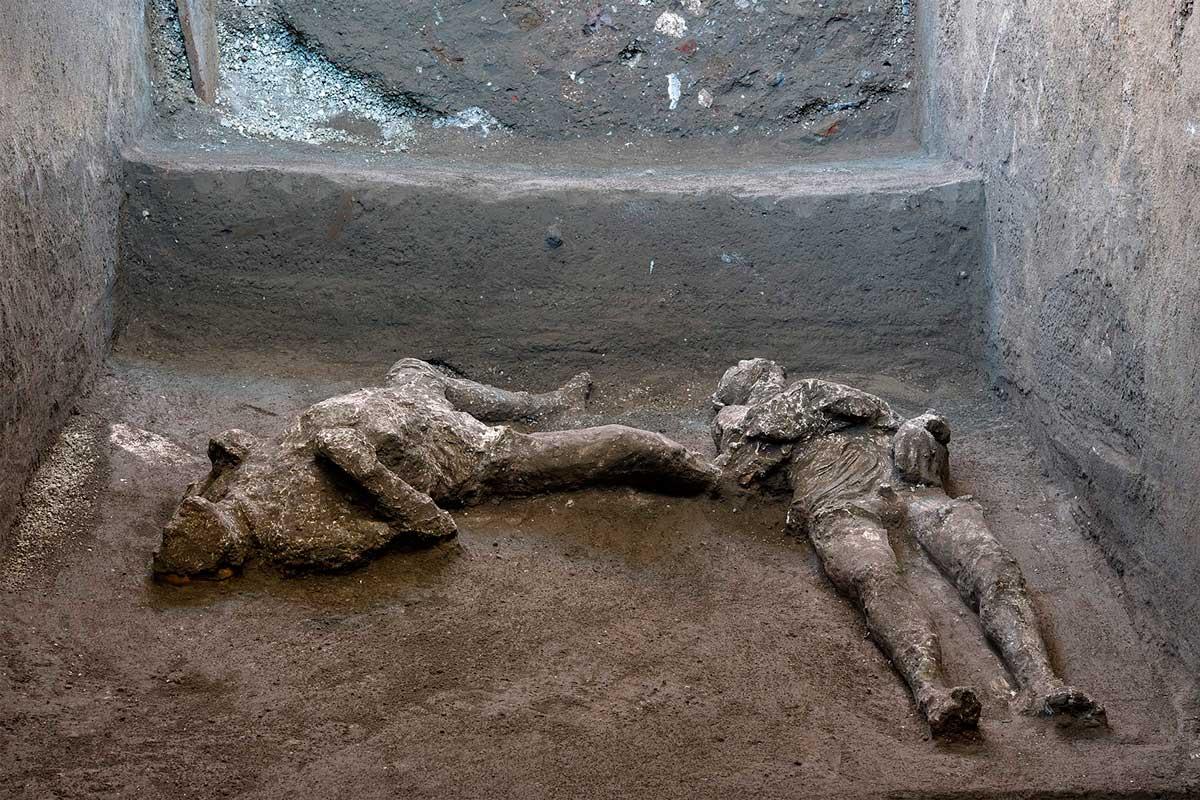 Hallan en Pompeya los restos de dos víctimas de la erupción del año 79 d.  C. - La Razón | Noticias de Bolivia y el Mundo