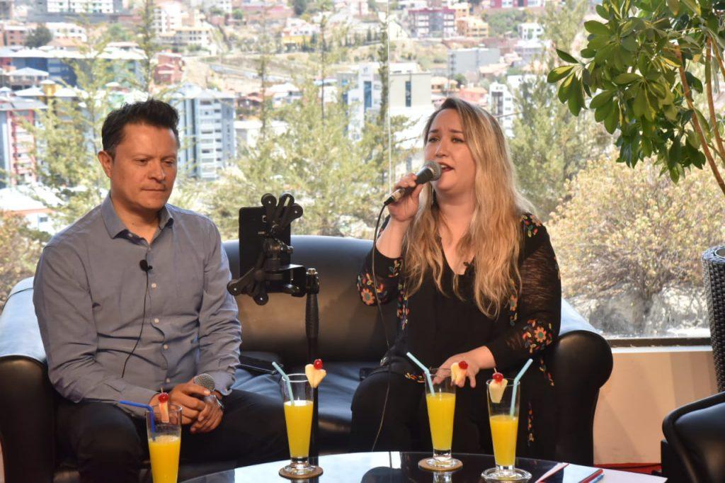 El dúo Cadenza está integrado por JOsé Luis Duarte y Susana Renjel