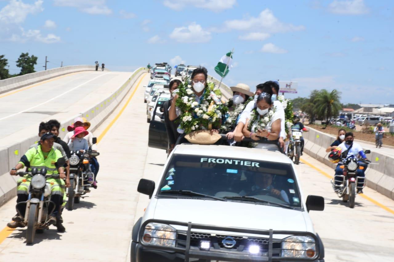 Inauguran el viaducto Santa Cruz-Warnes que tiene una longitud de más de un  kilómetro - La Razón | Noticias de Bolivia y el Mundo