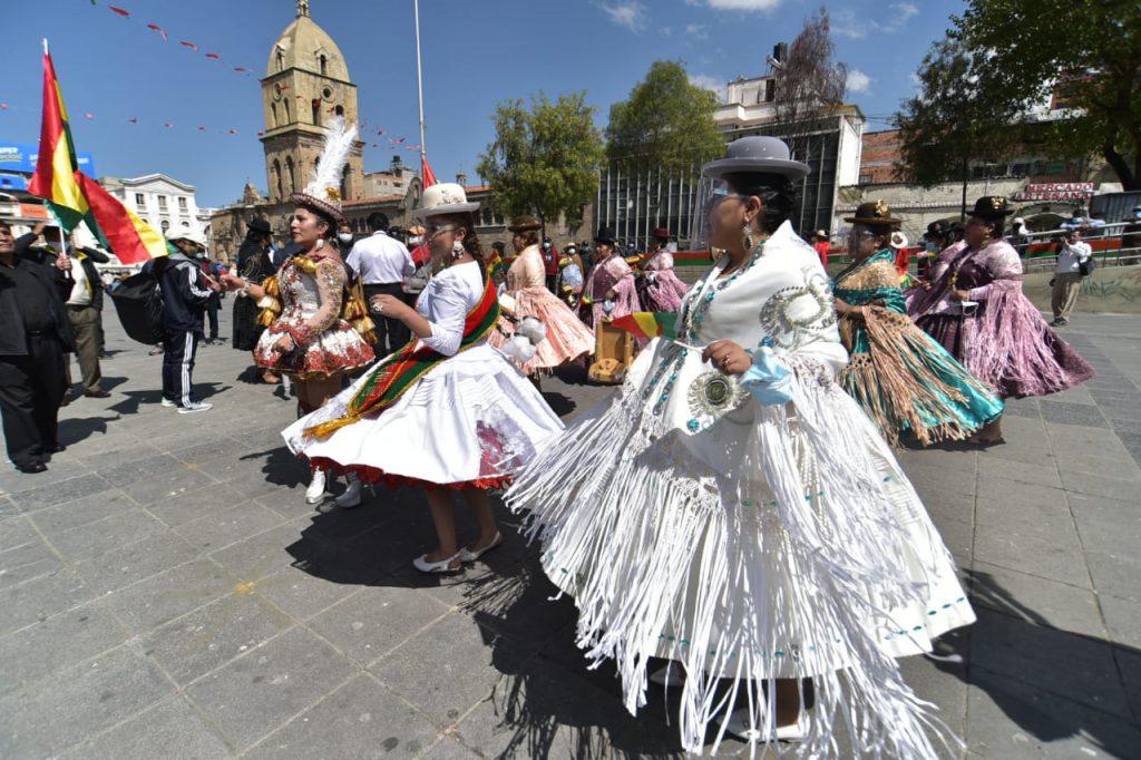La fraternidad Transporte Pesado Primero de Mayo reivindicó la morenada este miércoles en La Paz. Foto: Rodwy Cazón