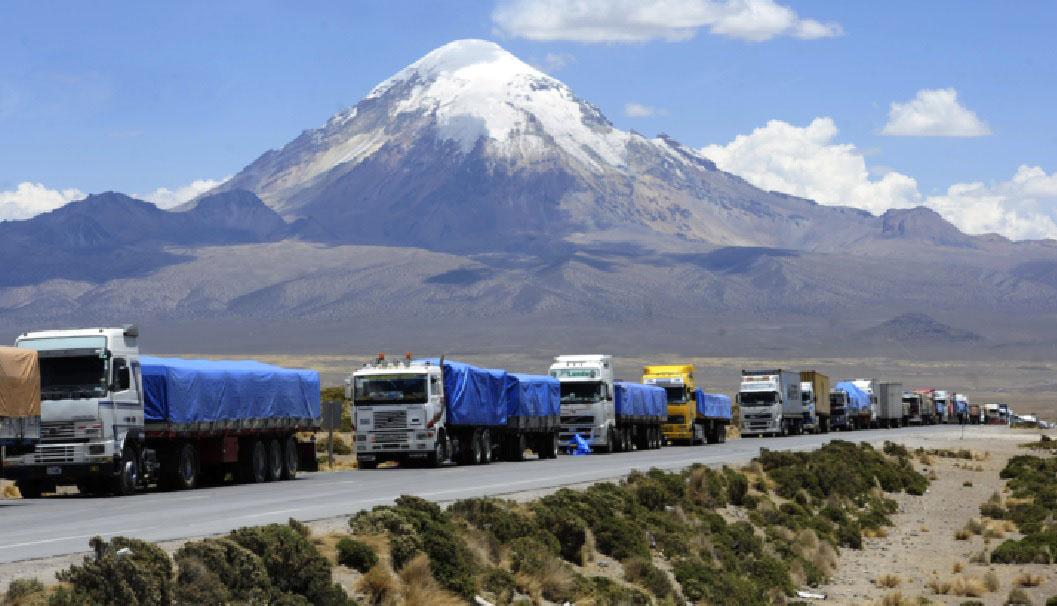 El transporte terrestre a Arica es el más caro de la región - La Razón |  Noticias de Bolivia y el Mundo